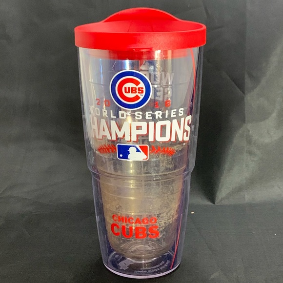 tervis Other - 24 oz TERVIS TUMBLER W/ lid Chicago Cubs